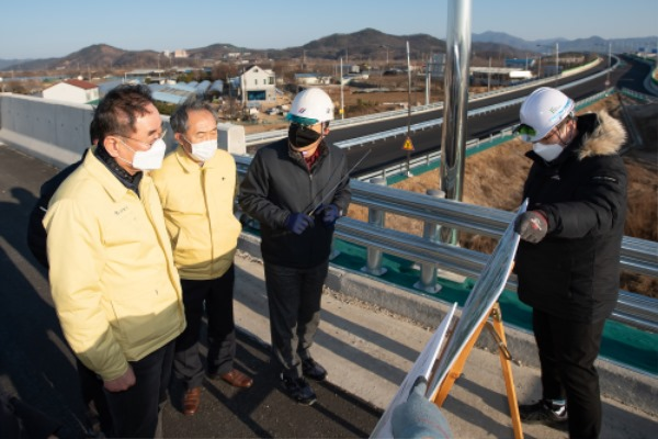 [도로과]금년 준공 청신호 밝힌 구미시 국도대체우회도로3.jpg