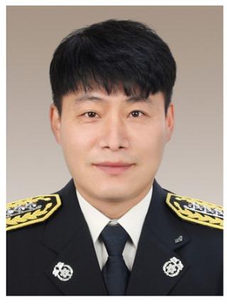 (11-1)경산소방서_우희석_소방장.jpg