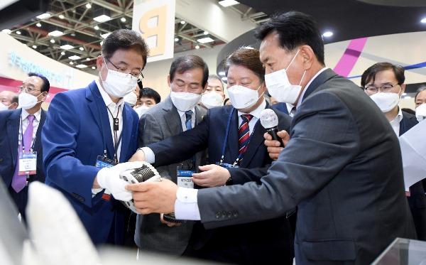(1-2)대구경북국제섬유박람회3.jpg